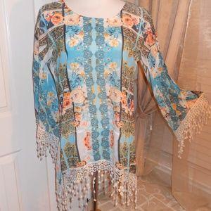 Women's shirt with crochet fringe long sleeve